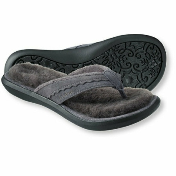 69707896088 L.L. Bean Shoes - L.L.Bean Women s Shearing Wicked Good Flip-Flops 8
